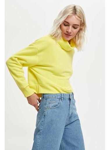 DeFacto Balıkçı Yaka Crop Top Sweatshirt Sarı
